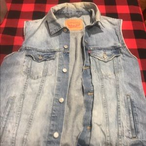 Vintage Levis Denim Sleeveless Jacket Large